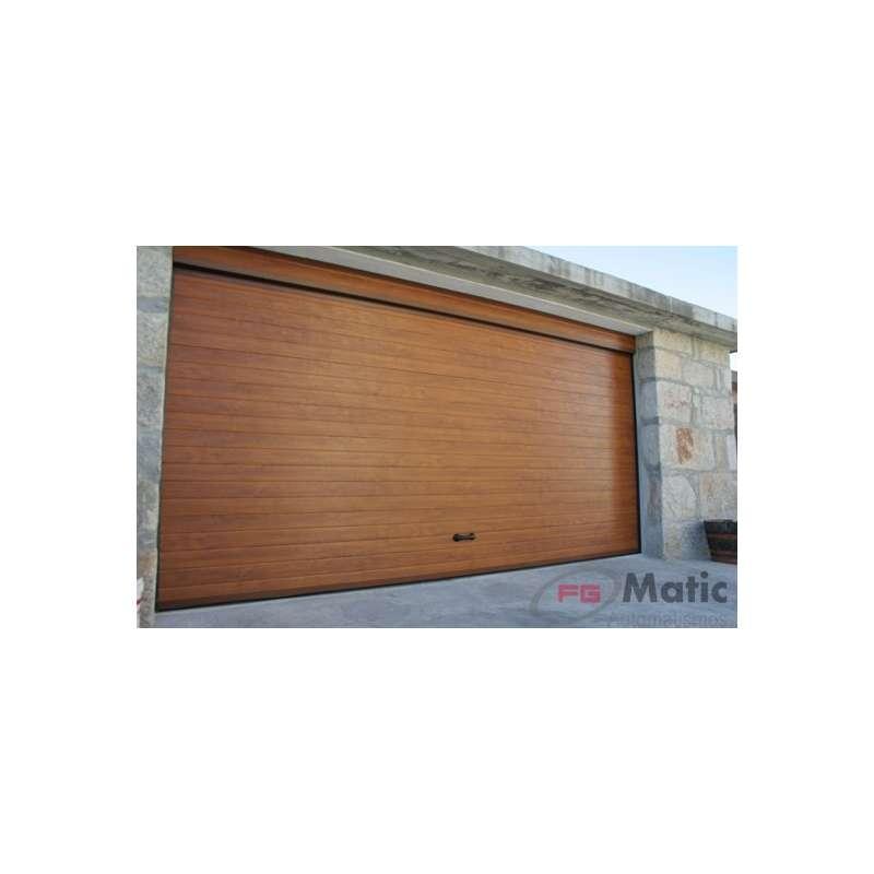 Puerta garaje imitacion madera for Puertas en madera precios